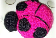 Crochet / Nuestras creaciones de ganchillo / by Sara Andrada Jiménez
