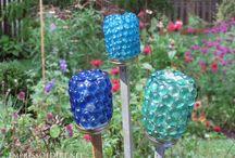 Glass bead glueing
