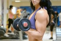 Bicep exercises with dumbbells