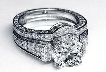 Jewelry <3 / by Alyssa Giuliani