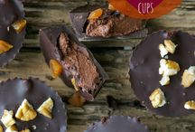 Gimme (Vegan) Chocolate! / Obeying the call from my Dark Master: the cocoa bean. Vegan recipes from the dark side.