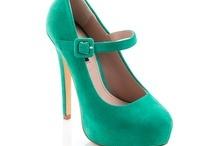 Work those heels ;) / by Rhea Kumar