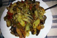 A tavola con i Buongustai di Calabria / Tutto ciò che è possibile trovare nella tavola degli amanti del buon cibo calabrese.