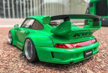 RWB993 1/18 Model Green