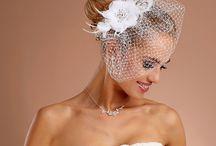 Accessoires voor bruidjes / Nieuw bij Javinaro. Accessoires, schoenen  etc voor zowel de bruid als de bruidegom! Kijk snel op www.javinaro.nl