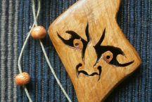 Fa ékszerek / Egyedi készitésű fa ékszereimről készűl fotók gyüjteménye