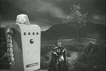 ROBOTS-CRAIGNOS / Les robots les plus craignos de l'univers de l'Imaginaire, mais souvent les plus touchants...