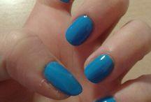 My nails + make up