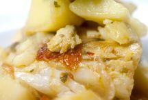 #Stoccafissoconpatate / Per le prelibatezze da asporto o da gustare qui da noi,   stoccafisso con patate fresche e pomodorino. Per informazioni e prenotazioni telefono 081 8991843/ 333 2963740 La Lanterna ristorante, via G. C. Aliperta, Somma Vesuviana, Napoli  #Lallanternaristorante #SommaVesuviana #Baccalà #Stoccafisso #LuigiRusso #©onsigliaCaliendoRusso #Tradizioni #Food
