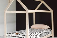 House frame beds
