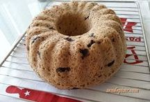 kek kalıbında zeytin li ekmek