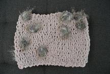 farsi coccolare dalla lana / sciarpe e scaldacolli realizzati a mano... c'e' ne' per tutti i gusti...