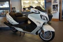 SOLD!! Suzuki Burgman #5007B / 2006 Suzuki Burgman 2 Seater! Nothing like a motorcycle ride on a Spring day...