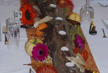 Holiday Tablescapes / Ideas for holiday table decorating