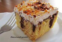 Cakes/Brownies / by Melinda Abbott