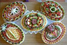 decoratiuni platouri festive