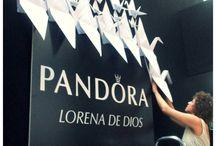 """Anaquiños_Desfile de Lorena de Dios, """"Thousand Cranes"""" Madrid Fashion Show / http://anaquinosdepapel.blogspot.com.es/2015/11/el-desfile-de-lorena-de-dios-thousand.html"""