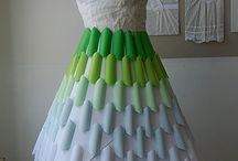 Rozprávky inšpirujú / Šaty z papiera, ktoré boli inšpirované rozprávkami (moja absolventská práca)