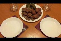 Pan-fried and baked meatballs. Chiftele prăjite și la cuptor. Котлеты жареные и в духовке. / Ingredients: pork-500g, beef-500g, potatoes-2, onion-1, olive oil, salt and pepper. Ingrediente: carne de porc-500g, carne de vită-500g, cartofi-2 buc, ceapă-1 buc, ulei de măsline, sare și piper. Ингредиенты: мясо свинины-500г, говядина-500г, картошка-2шт, лук-1шт, масло оливковое, соль и перец.