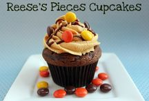 Cupcakes!!! / Cupcake Recipes + pretty decorating ideas