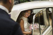 свадебное фото в машине