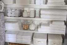 Linen Closet Organization / Ideas, tips, and tricks for an organized linen closet.