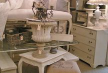 Chic furniture consignment
