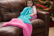 Cuddle Tails - Mermaid Tail Blankets