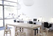 Open plan /communal desk area