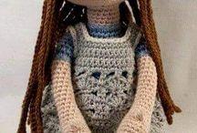 bambola uncinetto
