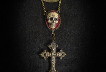 Victorian Chain Necklace - Memento mori - Jesus Cross and Skull on velvet pendants / https://www.etsy.com/listing/127945733/victorian-chain-necklace-memento-mori?ref=shop_home_active  Incredible victorian chain necklace entirely hand made using aged brass and epoxy resin . The skull and the Cross pendants are made with molds made by us.
