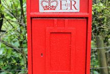 EiiR Lamp Boxes / UK Lamp Boxes from the reign of EIIR (Queen Elizabeth II) including Scottish Crown post boxes. #streetfurniture #letterbox #postbox