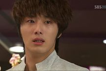 Jung Il Woo crying