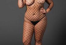 Lingeries sexy / Vente de lingeries sexy pour les femmes, combinaisons résille et ensembles fantaisie hot hot hot, pour des soirées qui ne le seront pas moins !