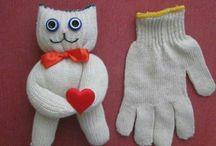 Handschuh- und Sockenpuppen
