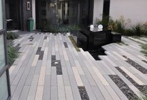 Garden Paving Designs and Ideas / Thinking of giving your garden a makeover? See some paving  designs and ideas here to help you choose your perfect garden layout.