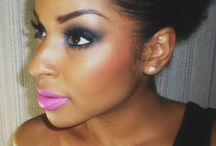 In the Beauty Salon: Makeup Looks / Makeup Tips, Tricks, and Looks / by {Living Outside the Stacks}