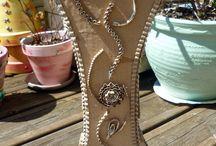 Le Fouillis de Kanou / The site des créations artisanales ! Des bijoux, des créations en carton, des doudous, des poupées... retrouvez tous vos goûts et vos envies.