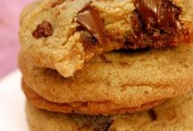 Recipes - The Search for the Best Chocolate Chip Cookie! / by Jessica Shipman