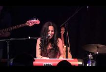 """San Glaser & Band performing """"This Bliss"""" live"""