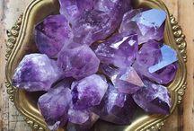 Gemstones & Fossils
