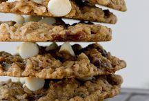 Cookies&Bars  / by Bernardita Schmitz Turner
