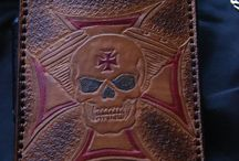 maltese skull leather phone case , custom made ,chritmas gifts,veg tan leather , fast deliver