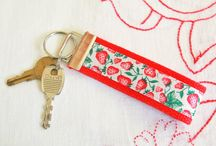Crafty: {keychains} / Craft DIYs and inspiration for all things keychains!