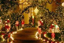 Inventive Outdoor Holiday Decor