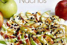Snacks / by Dora Mea