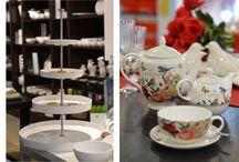 Vabljeni na čajanko! / Ujemajoče se skodelice ali bohemski šik z različnimi skodelicami? Moderen ali starinski čajnik? Steklena ali kovinska posoda za piškote? ... Priredite svojo po vašem okusz in se prepustite omamnim aromam najljubšega čaja ...