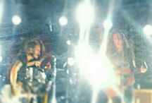 #OnTour:invia le tue foto dei concerti! / Se ti piacciono i concerti e fare foto, questa board ti aspetta. Inserisci le foto che scatti ai concerti: nascerà una gallery piena di musica e di emozioni.  Inizia inserendo una foto di un vecchio concerto e continua con le foto che scatterai da ora in poi!  Let's rock!