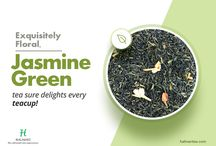 Jasmine Green Tea / Best loose leaf jasmine green tea, with jasmine buds sprinkled on top.This delicate drink combines the goodness of green tea with the fragrance of jasmine flowers.