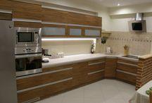 Nowoczesne meble kuchenne / Nowoczesne meble kuchenne z uwzględnieniem najnowszych trendów w projektowaniu.